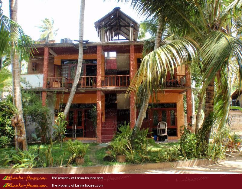 Home garden designs garden designs in sri lanka for Backyard guest house plans