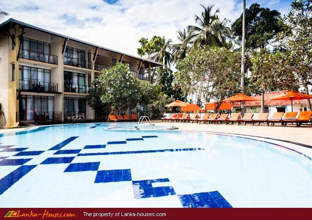 Calamander Unawatuna Beach Hotel